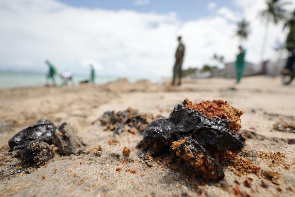 Marca Ambiental envia doações de EPI's a praias atingidas por óleo